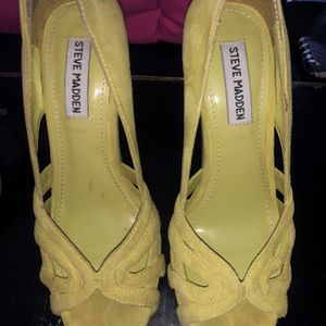 Size 6 Steve Madden Neón Green Heals for Sale in Miami, FL