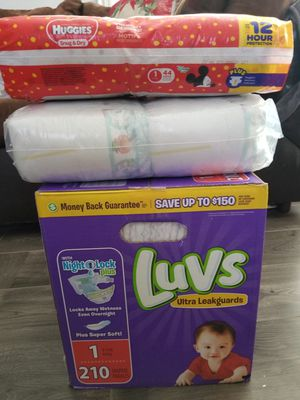 Huggies, Pampers, and Luvs for Sale in Long Beach, CA