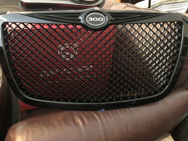 Chrysler 300 black grill insert