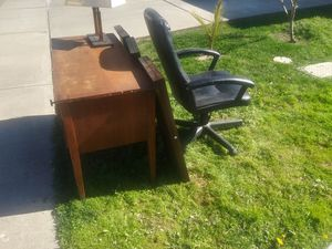 Free desk light seat and shelves for Sale in Modesto, CA