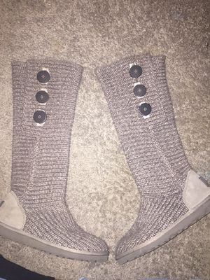 UGG'S Women's Classic Cardy Boots for Sale in Las Vegas, NV