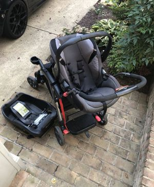 Double Stroller With Car seat for Sale in Washington, DC