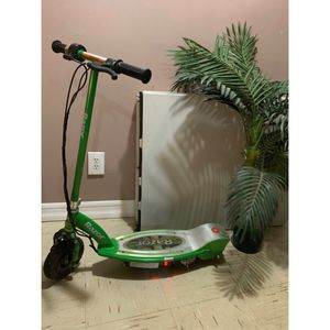 Razor electric scooter for Sale in New York, NY