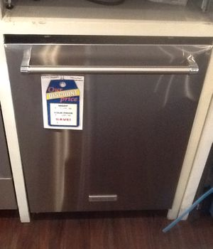 New open box kitchen aid dishwasher KDTE254ESS for Sale in Hawthorne, CA
