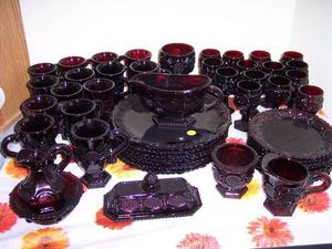 1876 Cape Cod Collection Ruby Glass AVON Set for Sale in Wexford, PA
