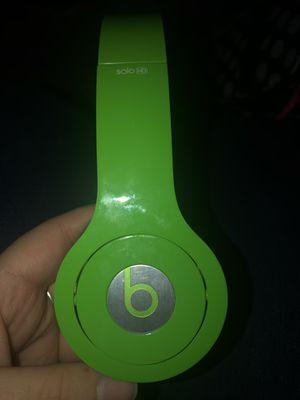 Beats solo hd headphones for Sale in Oskaloosa, IA
