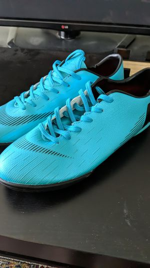 Men's size 8 soccer shoes, brand new for Sale in Arlington, VA