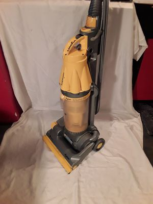 Dyson DC07 Root Cyclone 8 Upright Vacuum Yellow for Sale in Seattle, WA