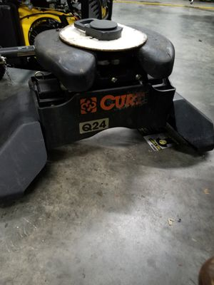 Curt 5th wheel hauler for Sale in Lawrenceville, GA