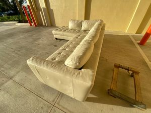 White off sectional couch for Sale in Hollywood, FL