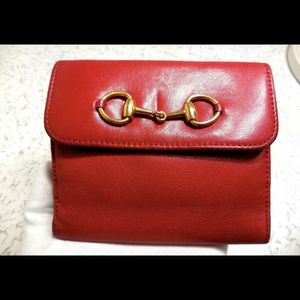 Authentic Gucci Red Wallet for Sale in Avocado Heights, CA