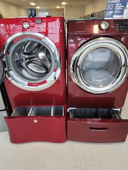 Electrolux  Front Load Washer And Electric Dryer Mix And Match Set With Pedestal Used In Good Condition With 90day's Warranty  for Sale in Mount Rainier, MD