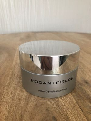 microdermabrasion rodan and fields for Sale in Chicopee, MA