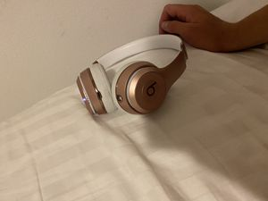 Beats solo 3 for Sale in Lynnwood, WA