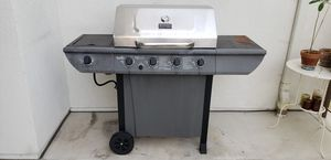 Gas grill BBQ , free pario chairs for Sale in San Diego, CA