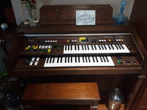 Yamaha electric organ for Sale in Pittsburg, KS
