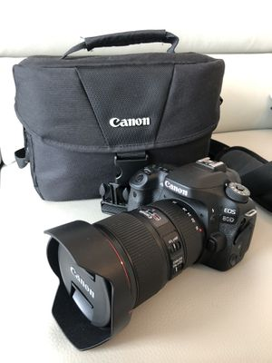$1,500 (2 Items + Free Items): Canon EOS 80D DSLR Camera (New $1,400) + Canon EF 16-35mm f/4L IS USM Lens (Amazing Wide Lenses, New $999) + Others. for Sale in Miami, FL