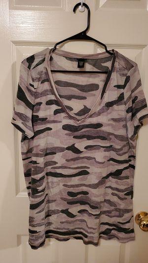 Gray Camo t shirt for Sale in West Jordan, UT