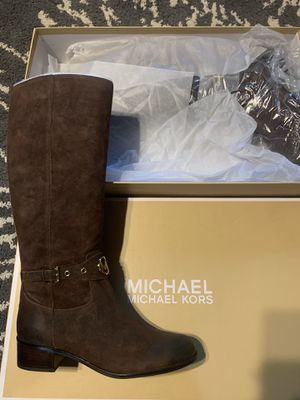 Michael Kors boots size 11 for Sale in Melrose Park, IL