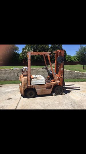 Toyota forklift 4000LB lift 2 stage mass whit a side shift for Sale in Duluth, GA