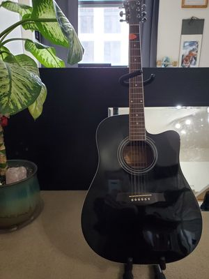 Ibanez Acoustic/Electric Guitar- Model v7oce bk for Sale in Chicago, IL