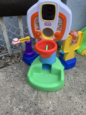 Free toys! for Sale in The Bronx, NY