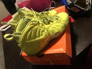 Nike Foams for Sale in Detroit, MI