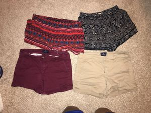Shorts sz 4 medium and small 3 each or 10$ all for Sale in Laveen Village, AZ