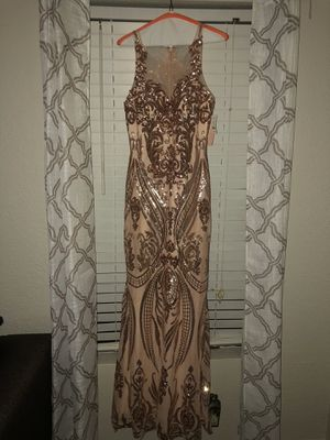 PRETTY PINK PROM DRESS for Sale in Mesquite, TX
