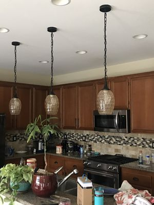 Pendant lights for Sale in Beaumont, CA