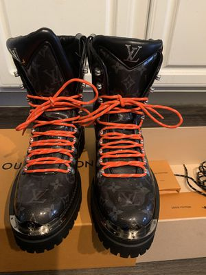 Men's Louis Vuitton boots for Sale in Atlanta, GA