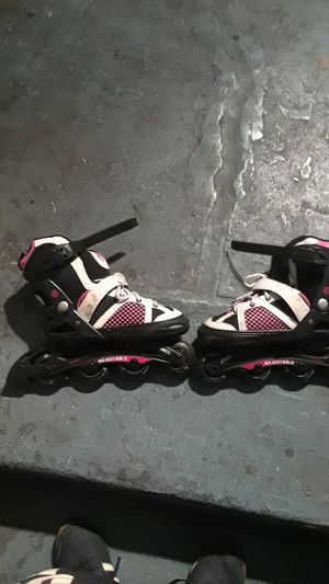 Rollerblades girl size 1-4 for Sale in Los Angeles, CA