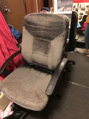 Desk chair for Sale in Los Angeles, CA