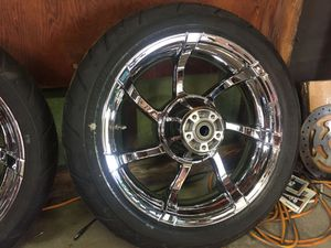 Harley-Davidsons agitator tires and wheels with front rotors for Sale in Chicago, IL