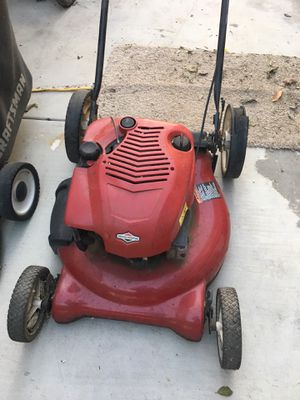 Briggs and Stratton lawn mower for Sale in Rancho Cucamonga, CA