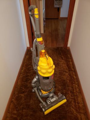 "Refurbished Dyson DC15 ""the ball"" All Floors Bagless Upright Vacuum for Sale in Mattoon, IL"