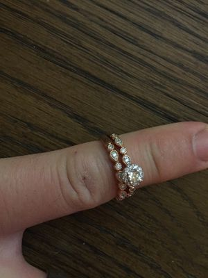 Diamond engagement ring and wedding band for Sale in Chandler, AZ
