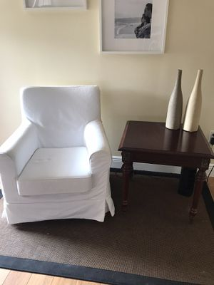 2 Ikea Ektorp chairs and side table for Sale in Pembroke Pines, FL