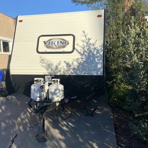 21' Viking Travel Trailer by Coachman for Sale in San Diego, CA