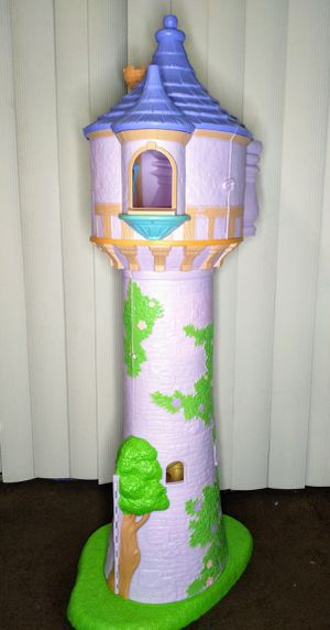 Rapunzel Tower for Sale in Dundee, FL