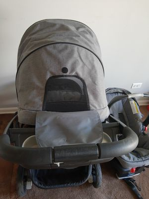 Graco stroller, car seat,base for Sale in Glendale Heights, IL