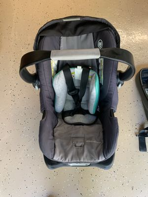 Infant Car Seat Carrier and 2 Bases for Sale in Atascocita, TX