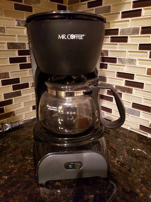Coffee maker- mini 4 cup max for Sale in Spartanburg, SC
