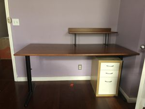 Executive Desk Adjustable Height Wood for Sale in Queens, NY
