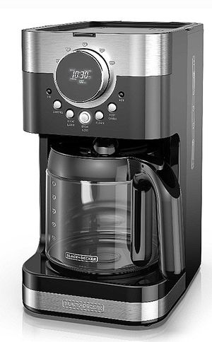 Black & Decker 12 cup Coffeemaker for Sale in Pawtucket, RI