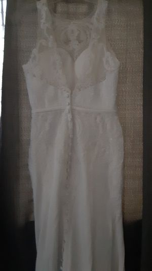 Womens wedding dress for Sale in Victorville, CA