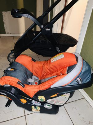 chicco travel set for Sale in Austin, TX