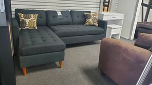 Brand new mini sectional with pillows included $429 for Sale in Hawaiian Gardens, CA