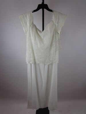 Chadwicks Pretty in White Dress 20W for Sale in Saint Robert, MO