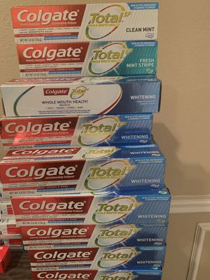 Large Colgate total or crest any 5 for $10 for Sale in Pasadena, TX